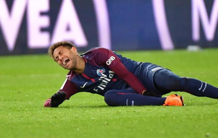 neymar blessure combien de temps